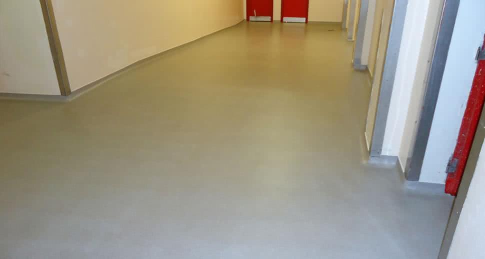 Anti Skid PMMA Flooring